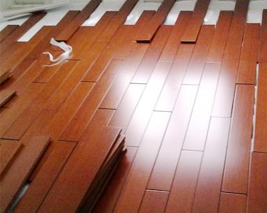 实木地板安装的步骤以及注意事项是什么