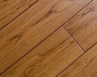 实木地板保养过程中的注意事项