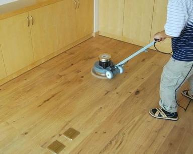 如何正确保养家中的木地板