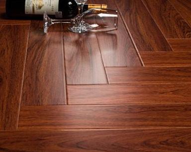 强化复合木地板详细介绍以及厂房地板装修注意事项说明
