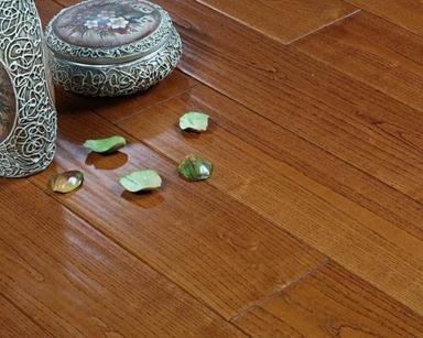 实木地板的清理和护养方式以及木地板查收的说明