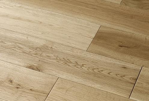 如何清洁和护理橡木硬木地板